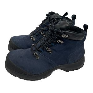 Bass Montauk Girl Navy suede hiking lace up  boot